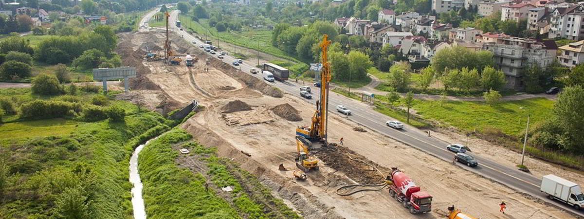Wzmocnienie podłoża gruntowego w technologii kolumn iniekcyjnych pod budowę Al. Solidarności w Lublinie