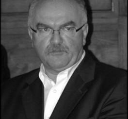 Z głębokim żalem zawiadamiamy, że w dniu 12 maja 2015 r. zmarł w wieku 61 lat Prof. dr hab. inż. Zbigniew Sikora