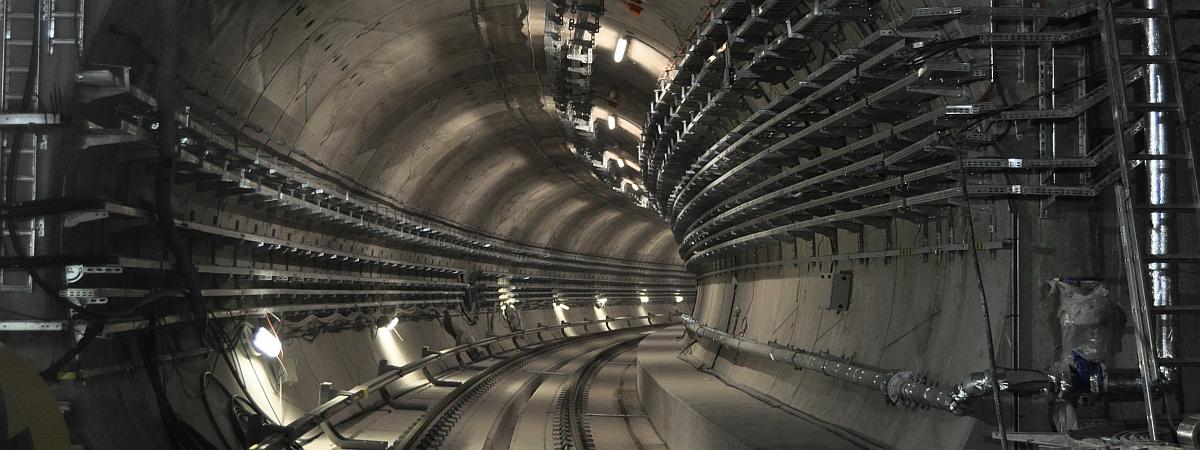 Budowa tunelu szlakowego przy stacji C14 Stadion Narodowy