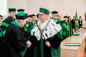 Nadanie tytułu Doctora honoris causa Politechniki Białostockiej Profesorowi Eugeniuszowi Dembickiemu